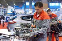 Jeunes-techniciens-auto-600x399